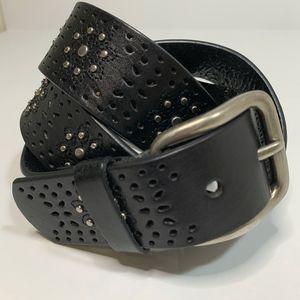 Accessories - BELT Black Leather Flower Design Silver Buckle